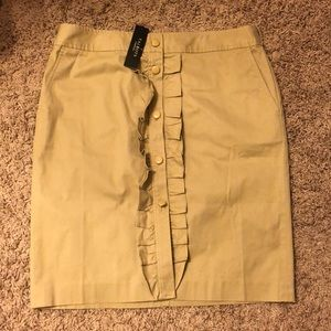 Talbots pencil skirt with POCKETS!